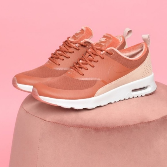 cheap for discount 1725a f4148 Nike Air Max Thea LX Special Edition Dusty Peach